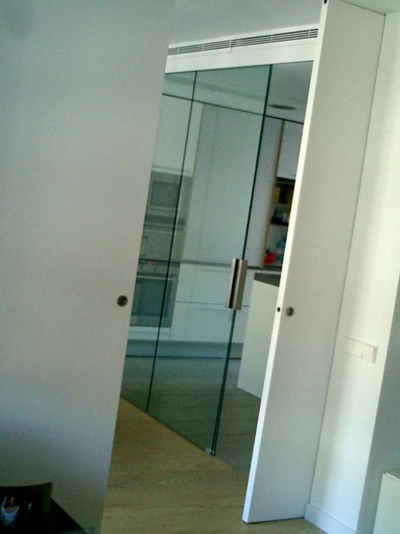 Secreto de las puertas correderas ocultas todo sobre puertas - Puertas correderas ocultas ...